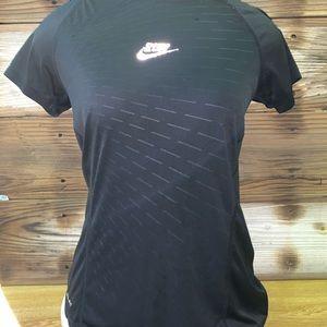 Women's Nike running reflective Dri Fit shirt XS